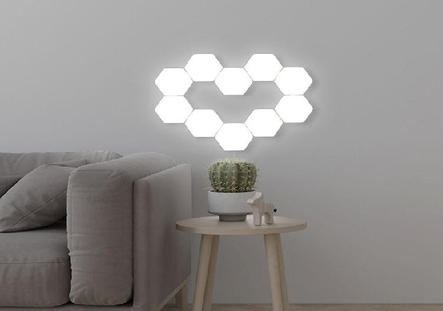 Siêu phẩm đèn cảm ứng thông minh Helios Touch