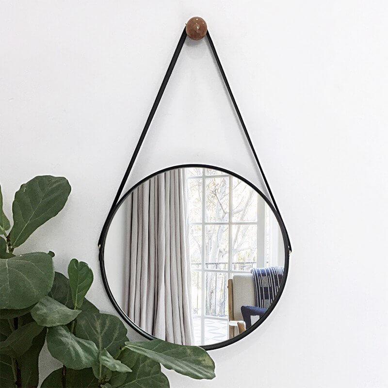 Vì sao nên trang trí nội thất phòng khách đẹp với gương trang trí